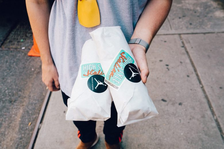 エア ジョーダン 12 ウィート パブリック スクール ニューヨーク サンドイッチ